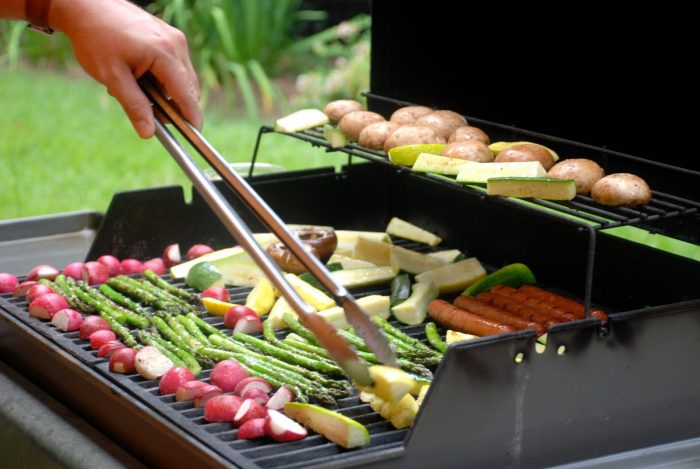 is gas grill healthier than charcoal