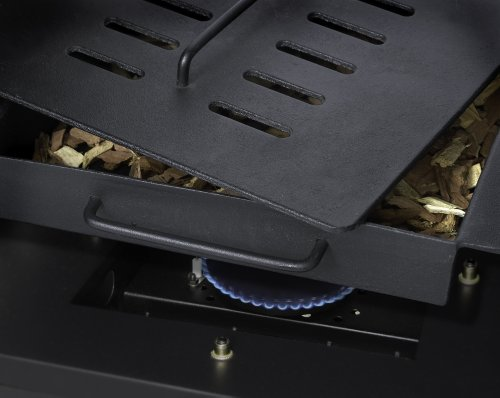 """best gas smoker; Dyna-Glo DGY784BDP 36"""" Vertical LP's features make it a unique gas smoker"""