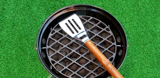 How to Set Up a Charcoal Grill for Smoking Just in 6 Steps
