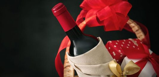 15 Great Wine Gift Basket Ideas in 2019