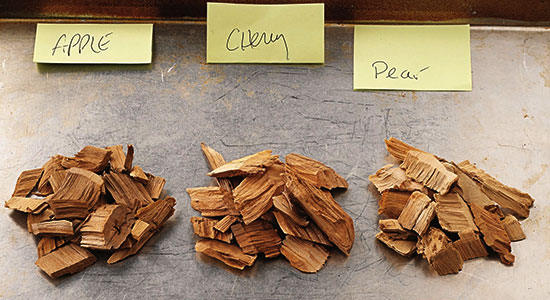 How to use smoker chips: Apple Wood Chips