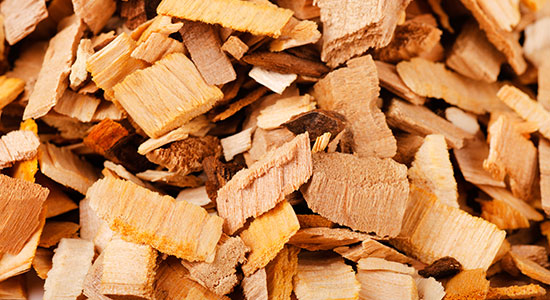 How to use smoker chips: Choosing Size of Smoking Wood