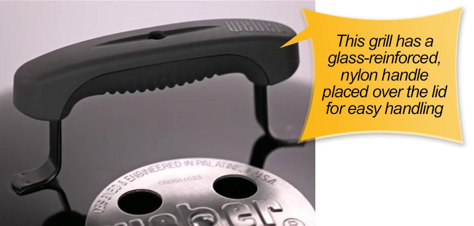 Weber 10020 Smokey Joe 14-Inch Portable Grill : lid handle