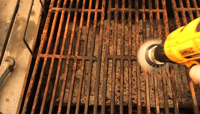 Replace or Repair? A Comprehensive Guide on Grills | Grills Forever