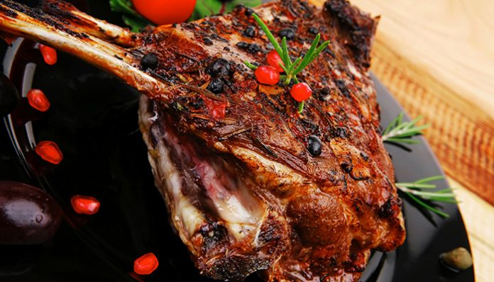 Two Surefire Ways to Cook Mouth-watering Smoked Ribs